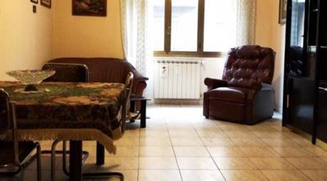 Vendesi appartamento a Ostia su viale Repubbliche Marinare