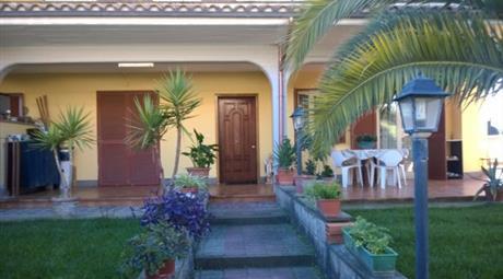 Appartamento in Villa via Bologna, Ciampino