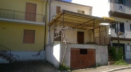 Casa indipendente via Argaria 20, Reino
