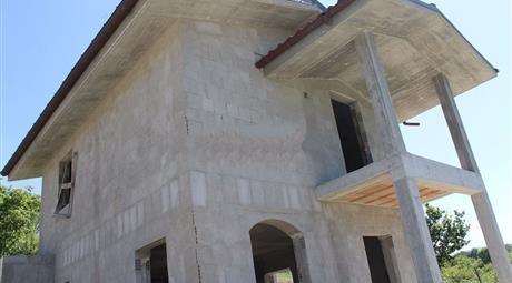 Villa in vendita in via Cesarea Cimitero s.n.c 89.000 €