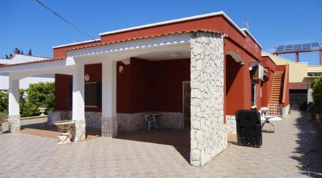 Villa Strada Provinciale 122, Maruggio