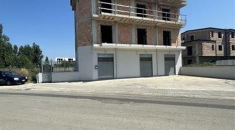 Stabile, Palazzo in Vendita in Via Starza 80 a San Marcellino