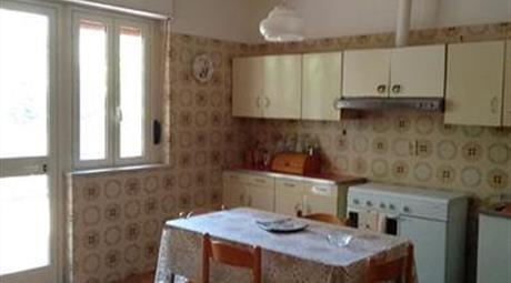 Vendesi appartamento in Vico  Scordino a Pellaro di Reggio di Calabria (RC).