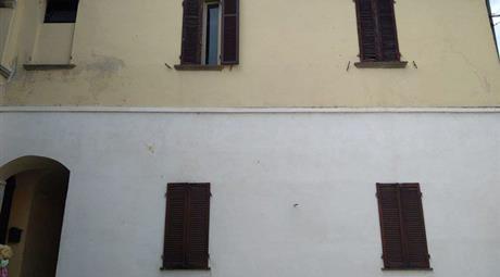 Stabile, Palazzo in Vendita in Via Edmondo De Amicis 20 a San Germano Vercellese