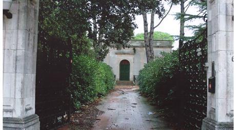 """Villa in Contrada """"Madonna del Pozzo"""""""