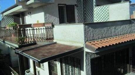 Villino in vendita a Rocca Santo Stefano