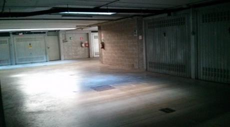 Box / Garage via Fratelli Tortone 4, Collegno