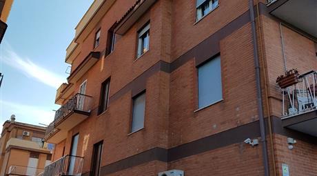 Affittasi Appartamento Tuscolana GRA