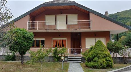 Casa indipendente 431 mq + possibilità terreno annesso 1321 mq