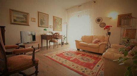 Appartamento, 3 camere 2 bagni, cucina, soggiorno, cantina
