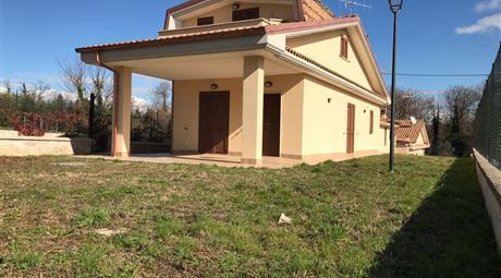 Vendesi Ville unifamiliari di nuova costruzione  in Lariano (RM)