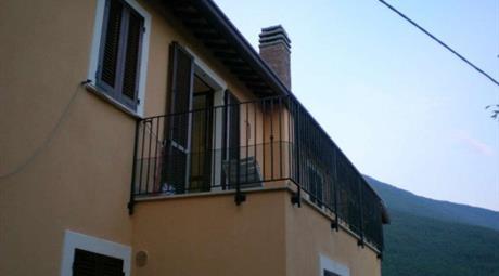 Appartamento ottimo stato, primo piano, Nocera Umbra
