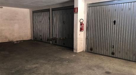 Garage in vendita in via Ezio Sciamanna, 12