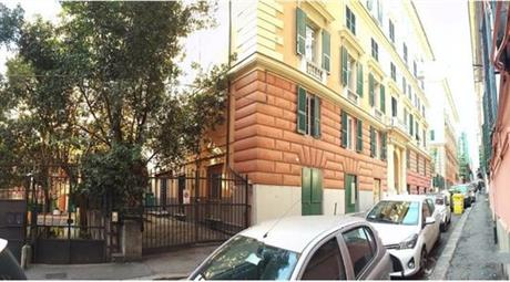 Locale in vendita a via Palestro 60.000 €