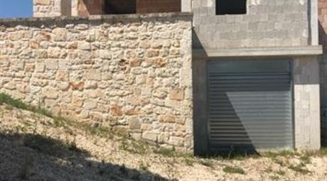 Rustico in pietra 100.000 €
