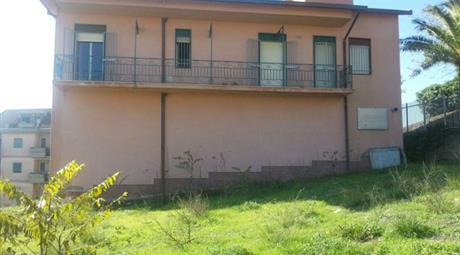 Villa in Vendita a San Cataldo