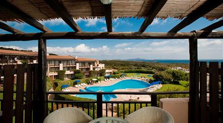 AGOSTO appartamenti 5 + 3 posti letto multiproprietà alberghiera a 300 metri dalla spiaggia