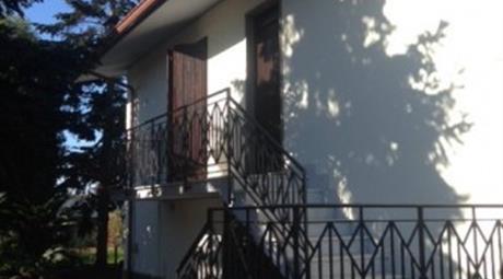 Villa via delle Gerbere 14, Anzio
