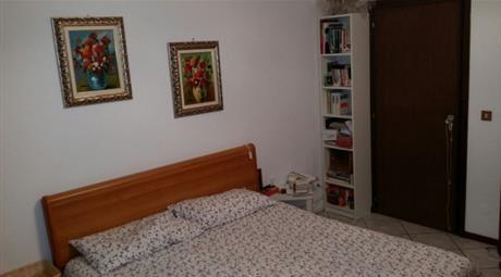 Appartamento via Garigliano 42, Ravenna
