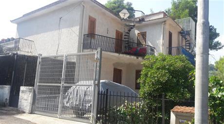 Villa plurifamiliare via delle Rose,San Menaio Vico del Gargano