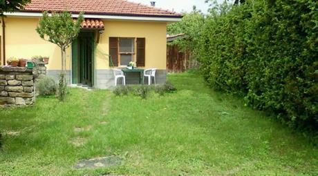 Villa plurifamiliare Strada Provinciale 147 16, Perletto