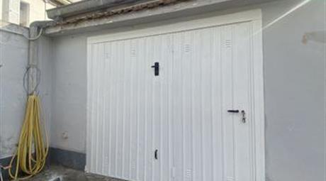 Garage, Posto Auto in Vendita in Via Nazionale Adriatica Nord 355 a Pescara