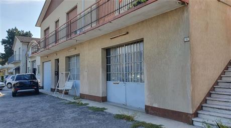 Vendesi Casa indipendente in via Casumaro Bondeno, 13