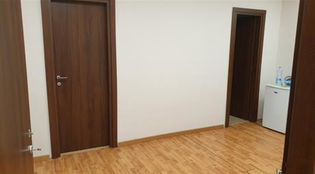 Locale uso ufficio 160.000 €