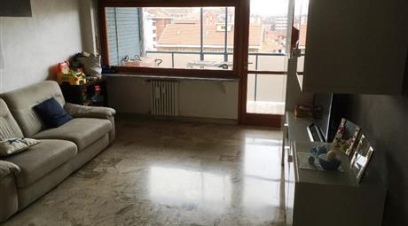 Bellissimo appartamento con doppi servizi, panoramico