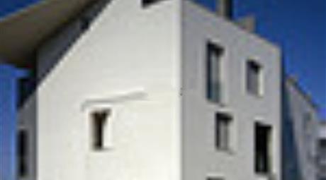 Appartamento su due piani in vendita in via Aldo Lesi, 220.000 €