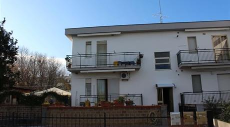 Appartamento in Vendita in Via Stati Uniti 14 a Petacciato € 80.000