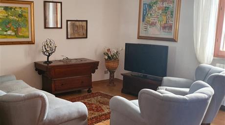 Prestigioso appartamento CENTRO MARE mq 110, 3 camere, 2 bagni