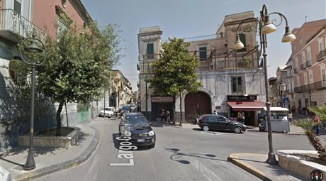 Bilocale in palazzo signorile Piazza Gianturco