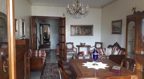 Appartamento in pieno centro in vendita