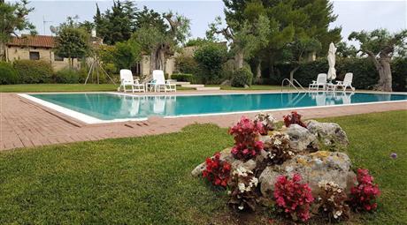 Villa plurifamiliare, ottimo stato, 300 mq, Conversano