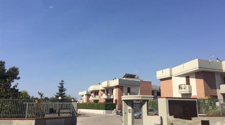 "Crispiano ,appartamento residence ""la cantina"""