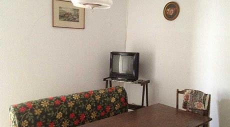 Appartamento in vendita Castana, Bettola