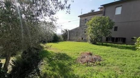 Casa Massa Martana 100.000 €