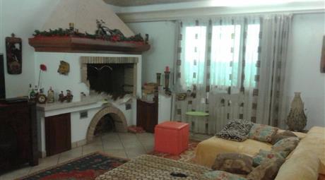 Villa bifamiliare via Guglielmo Marconi in vendita