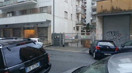 Garage in vendita in via Licinio Stolone, 8.000 €