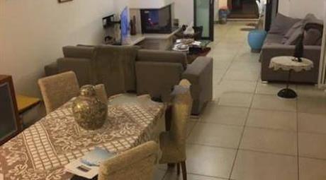 Villa unifamiliare via Spinelli 22, Quarto