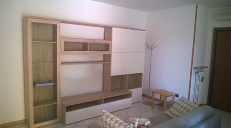 Nuovo completamente arredato mobili nuovi con box
