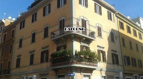 Fittasi appartamento al centro di roma per 1 anno
