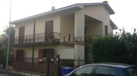 Villa bifamiliare a Mediglia