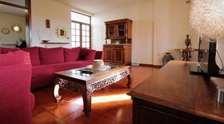 Villa con capannone in vendita