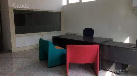 Ampio locale uso ufficio in affitto con riscatto