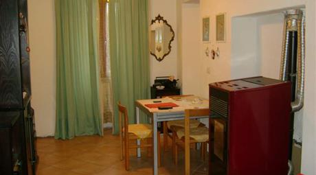 Appartamento con cantina e giardino
