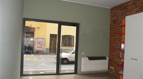 Negozio/uffici a Motta Visconti