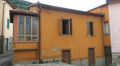 Terratetto Chitignano (Casentino)