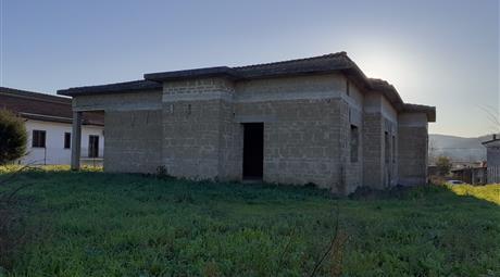 Casa Indipendente in Vendita in Via Puglianello 46 a Amorosi